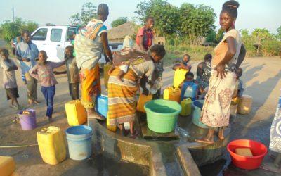 """""""La nostra acqua"""" – CAM, distretto e Madzi-Athu al lavoro per la manutenzione dei pozzi"""