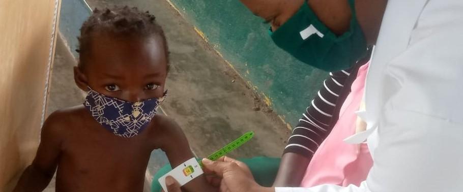 Escolinhas – monitoraggio di salute per i bambini seguiti con il sostegno nutrizionale